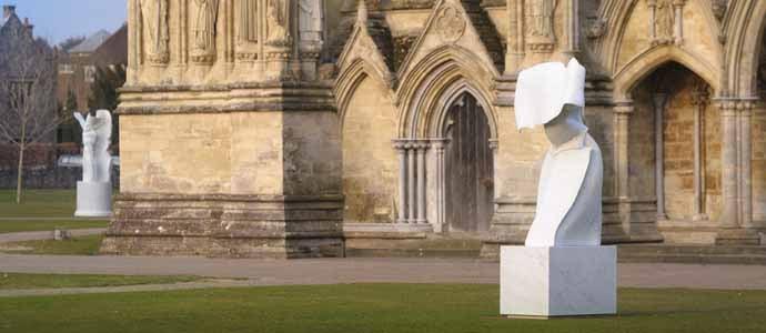 Cathedral_Salisbury_Blumenfeld