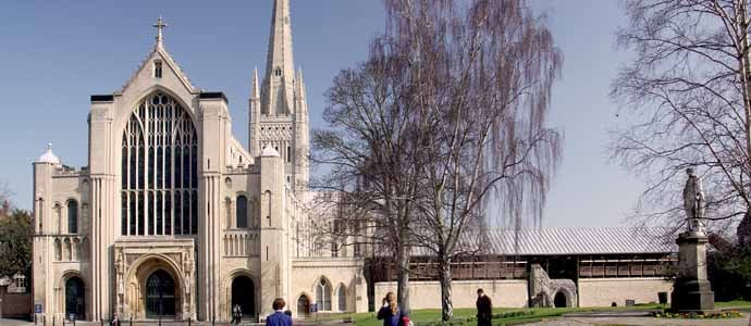 Cathedral_Norwich_WestEnd&Hostry