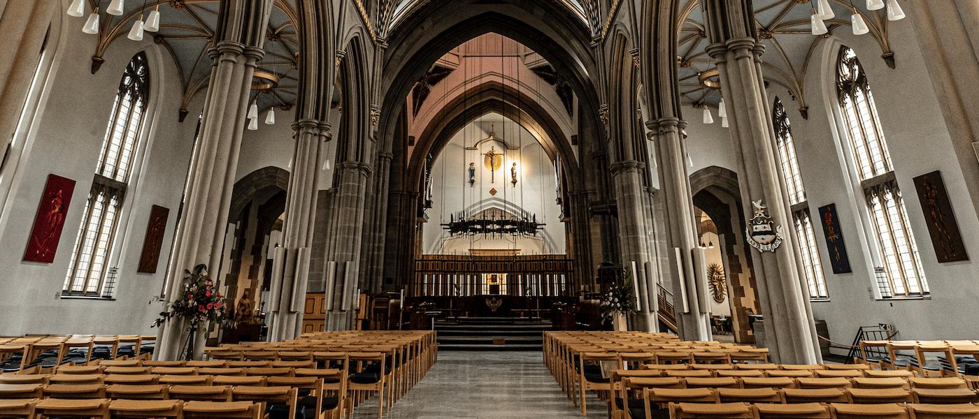 Blackburn Cathedral - Visitors 1